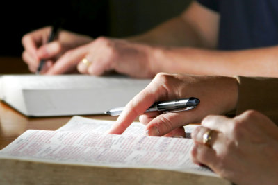 couple writing