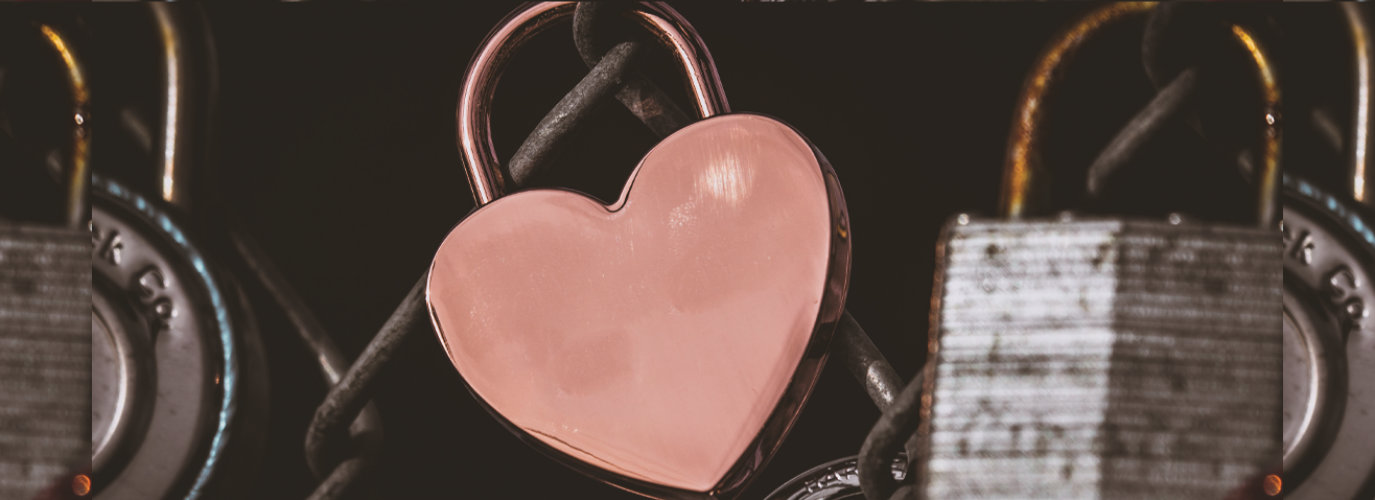 heart with chain and lock